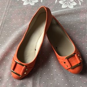 Great condition banana republic Coral Crush flats